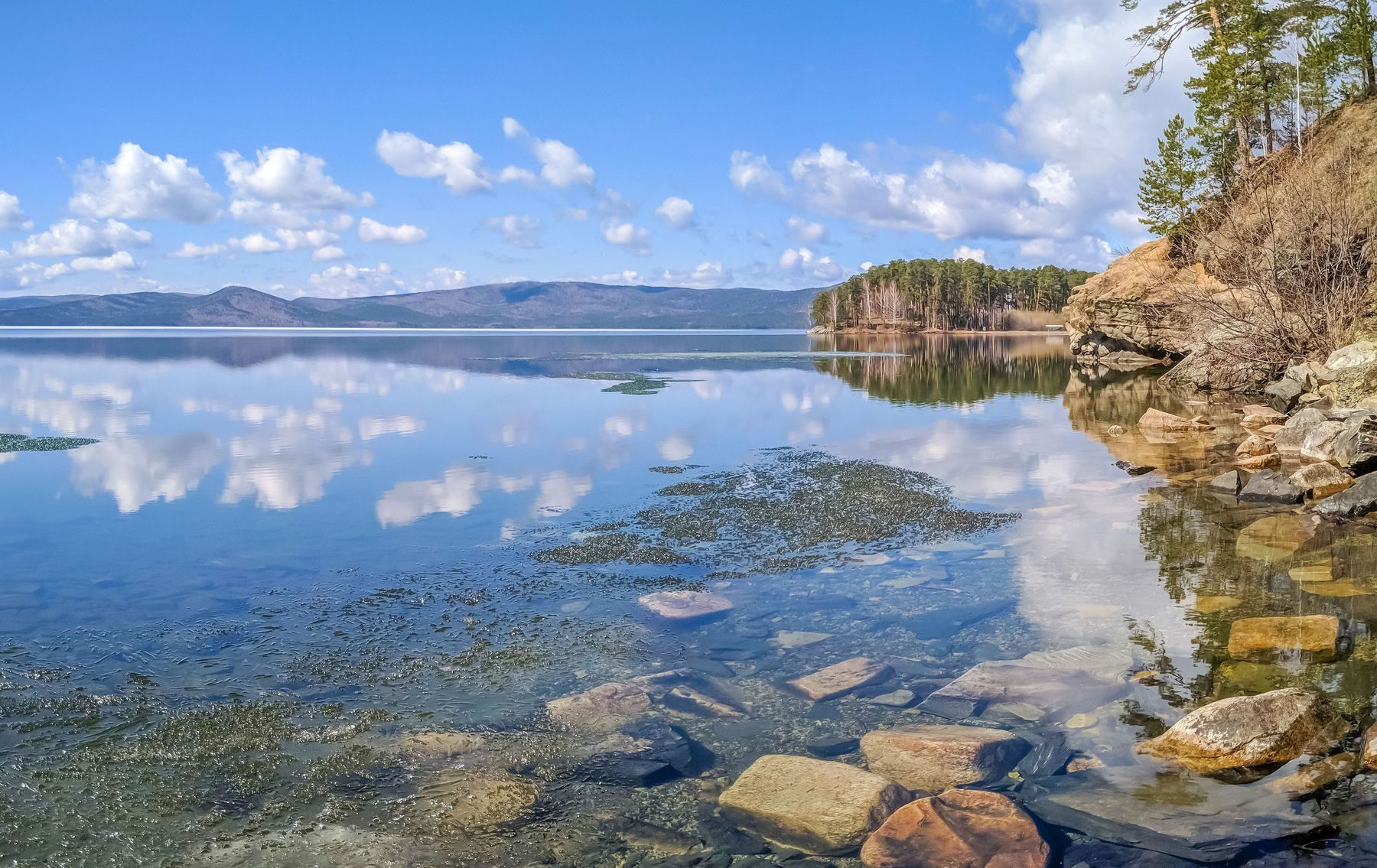Майское утро на озере Тургояк. (панорама) Южный Урал Миасс Тургояк природа лес весна Май