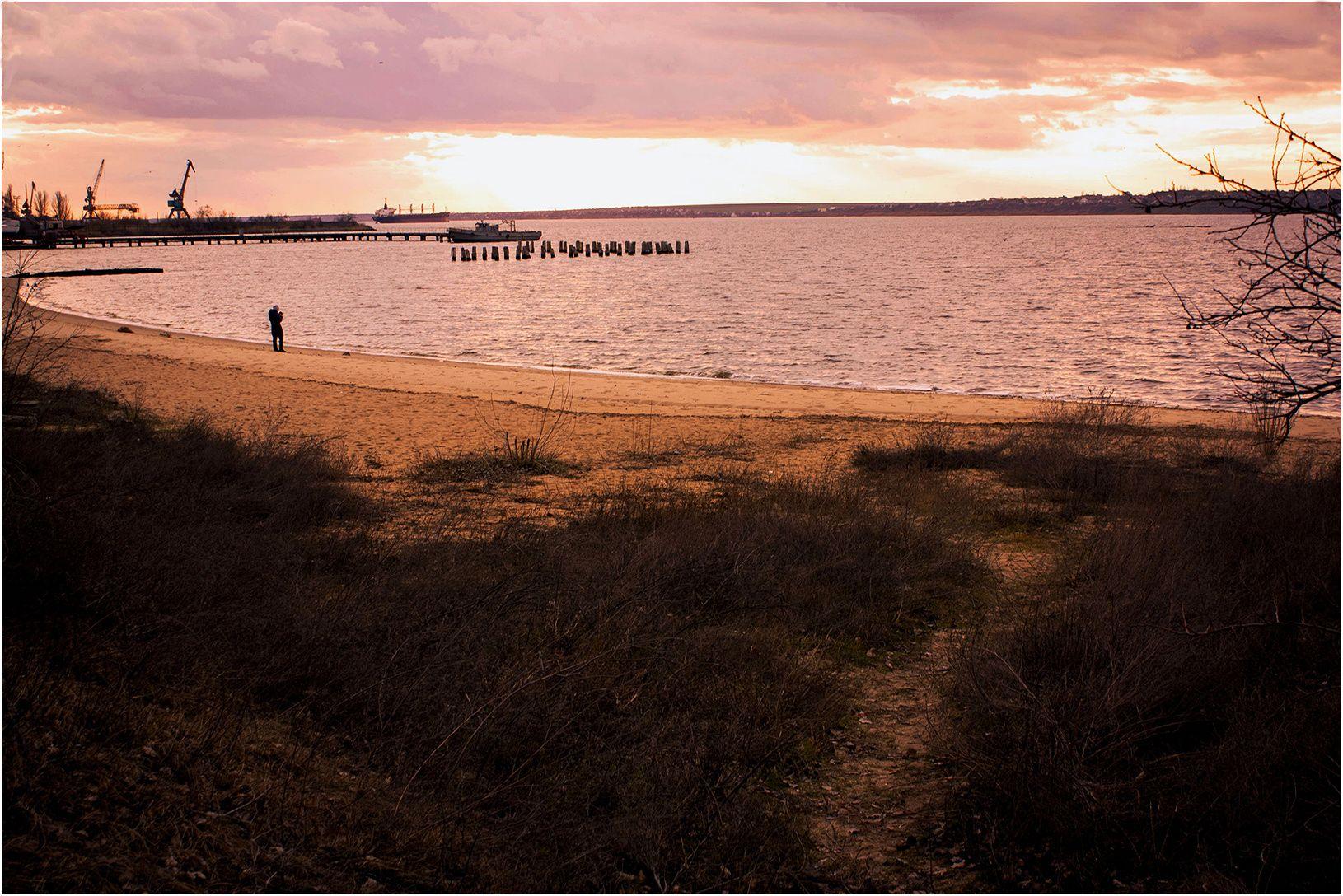 Февральские закаты на Южном Буге. река закат