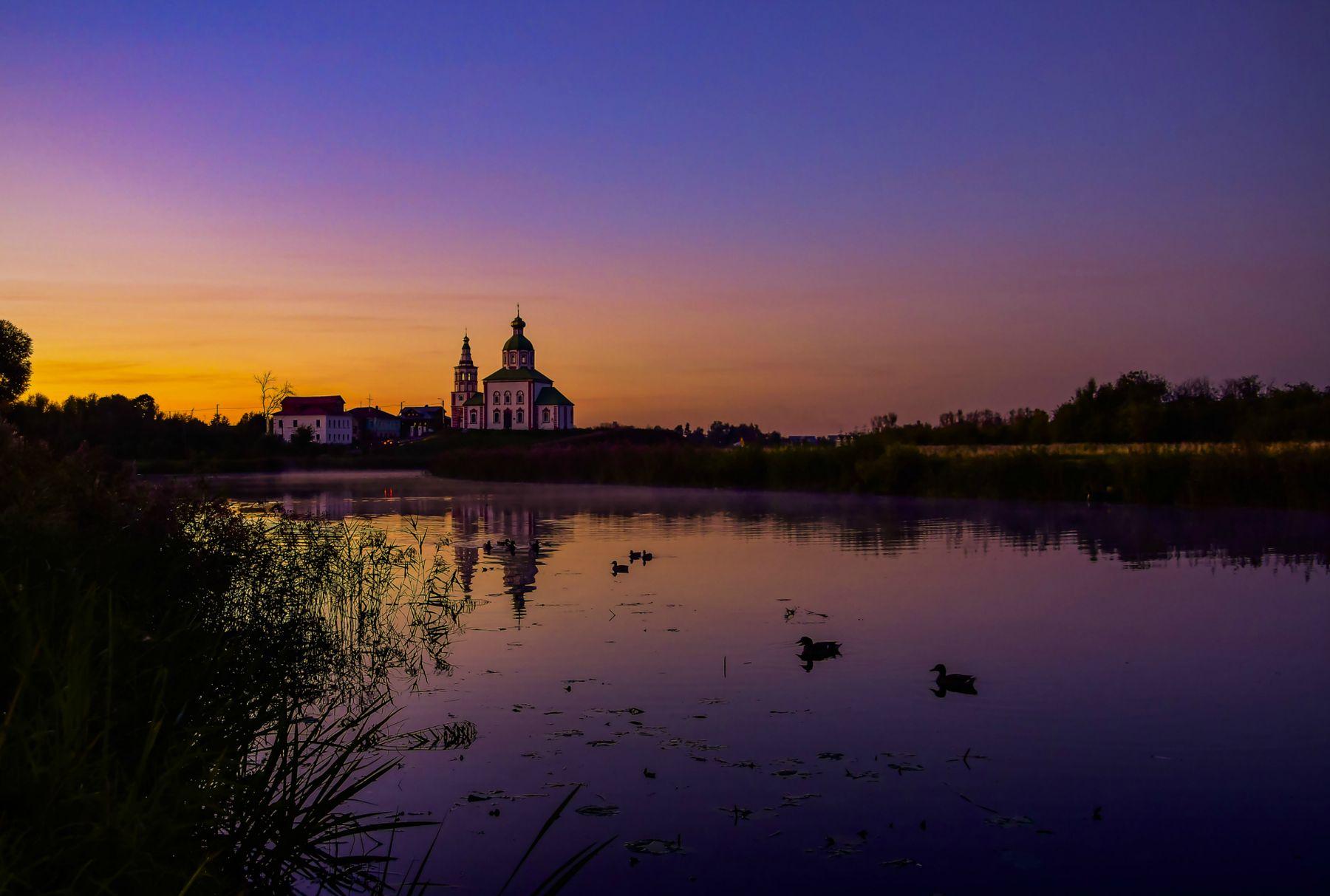Закат . Суздаль закат река утки пейзаж