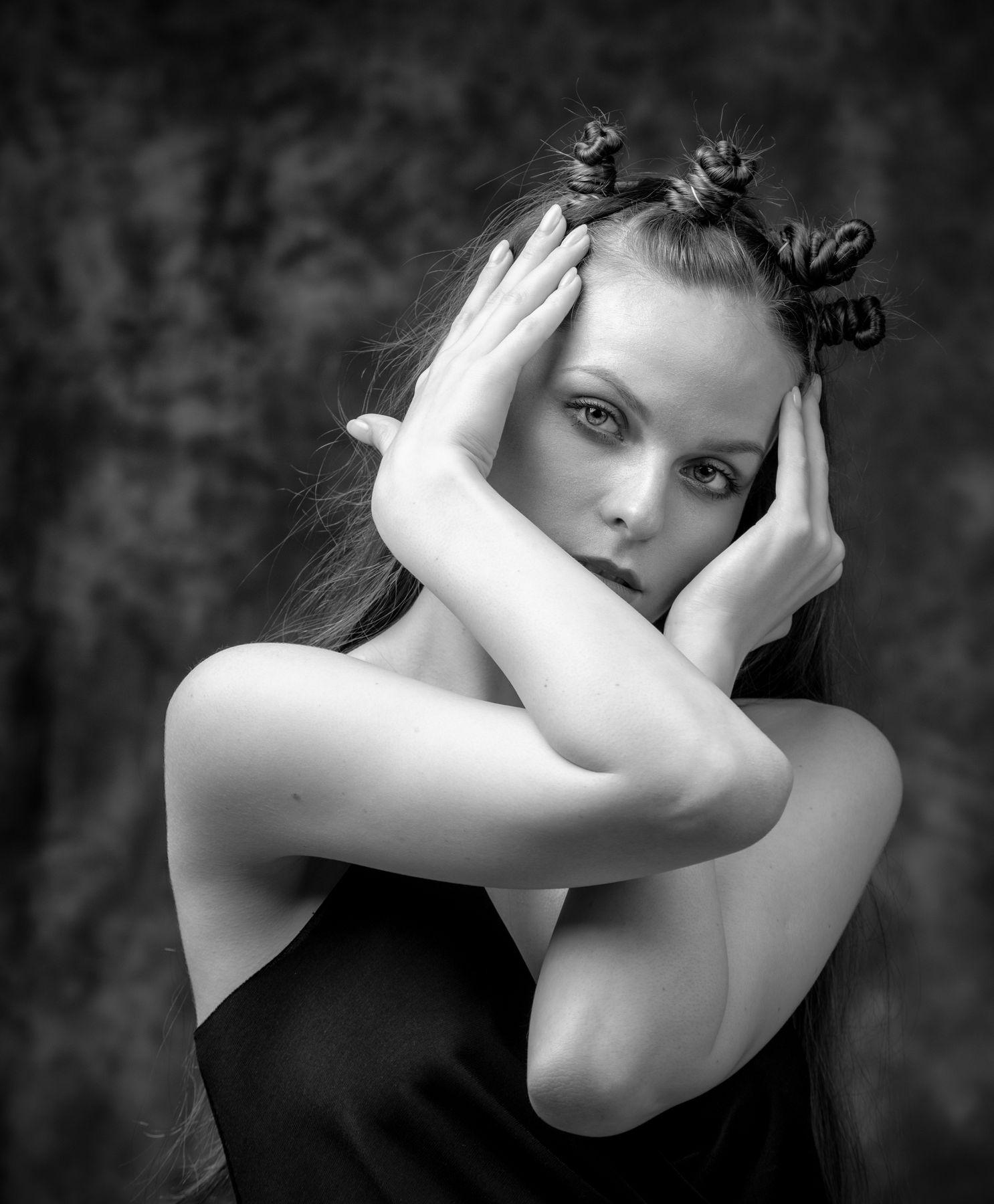 Алиса Л Студийный портрет Арт красивая девушка женский фотосессия