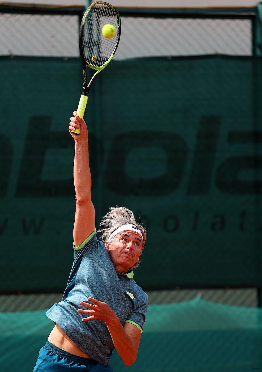 Serve... cпорт tennis st-petersburg russia racket match court big ball alextennis