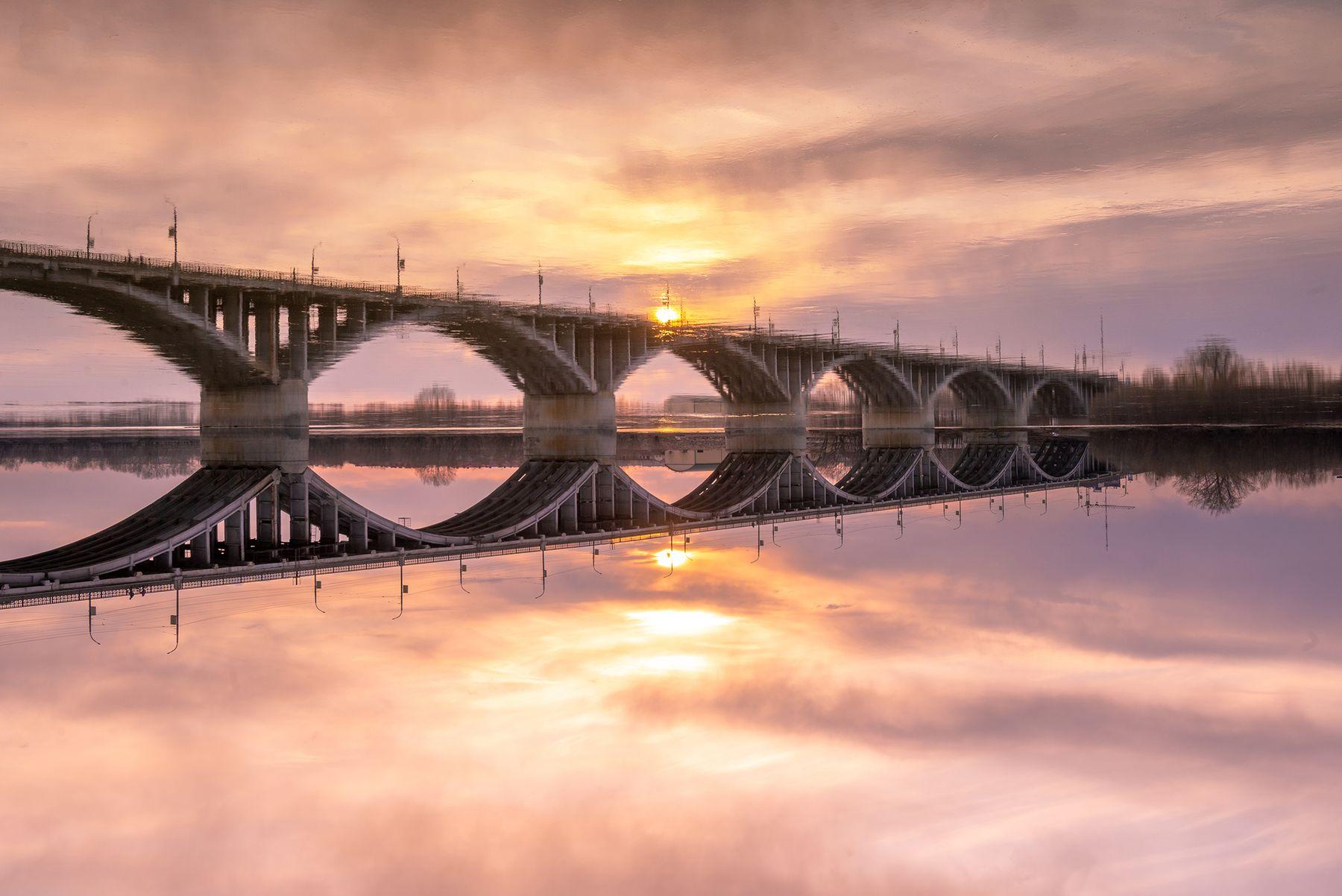 Мост в зазеркалье