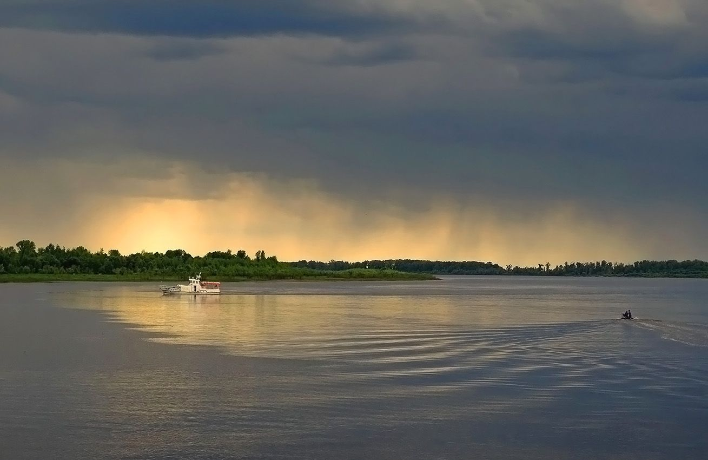 Перед грозой... Сибирь лето река Обь пейзаж