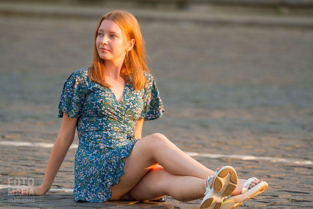 Ножки девушка платье ноги