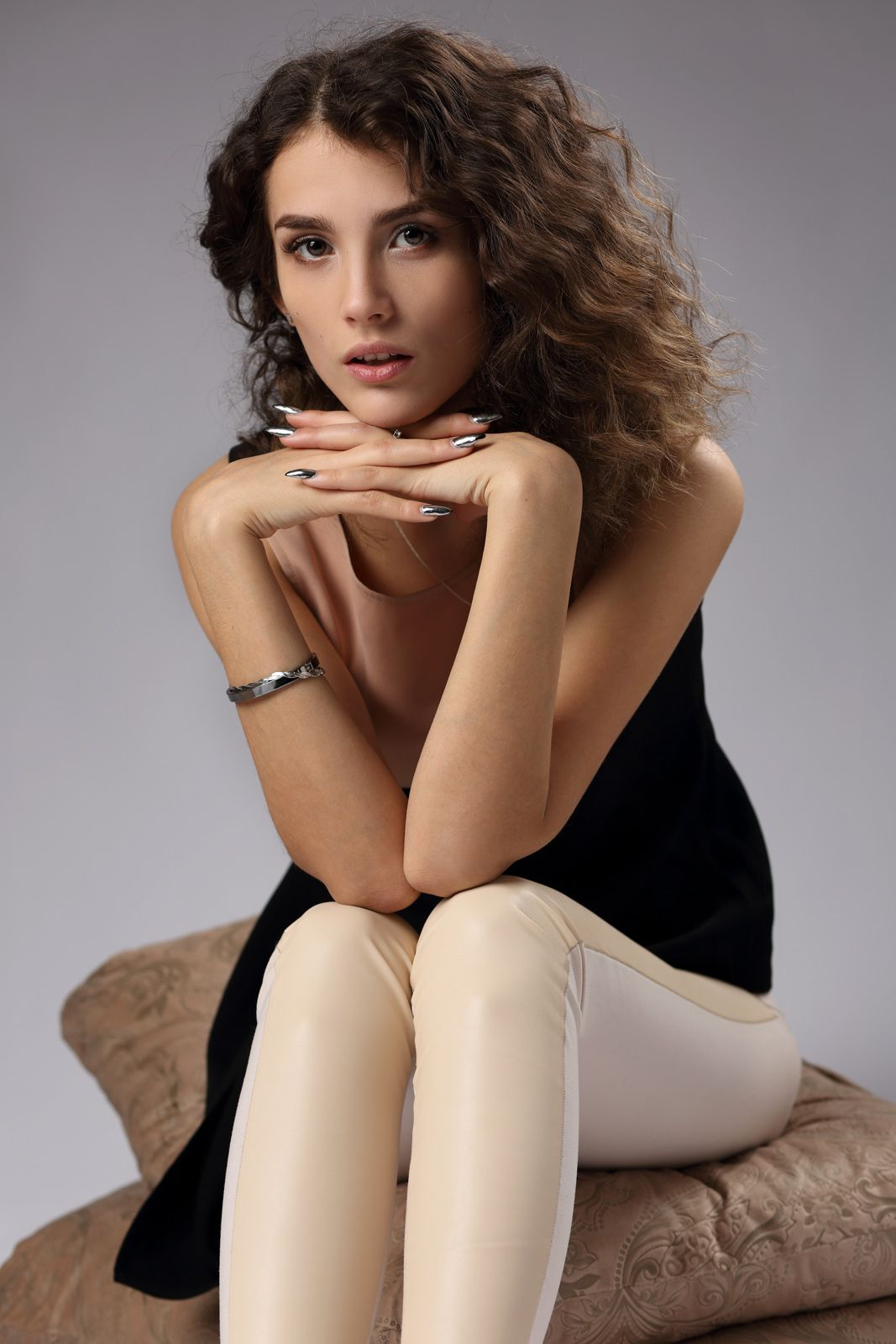 Молодость Девушка женщина модель молодость взгляд портрет бьюти фото красивая актриса