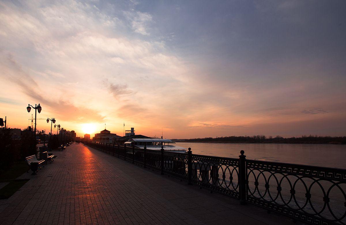 Зимний закат над Волгой. астрахань набережная 17 пристань волга закат январь зима 2015 на юге юг россии