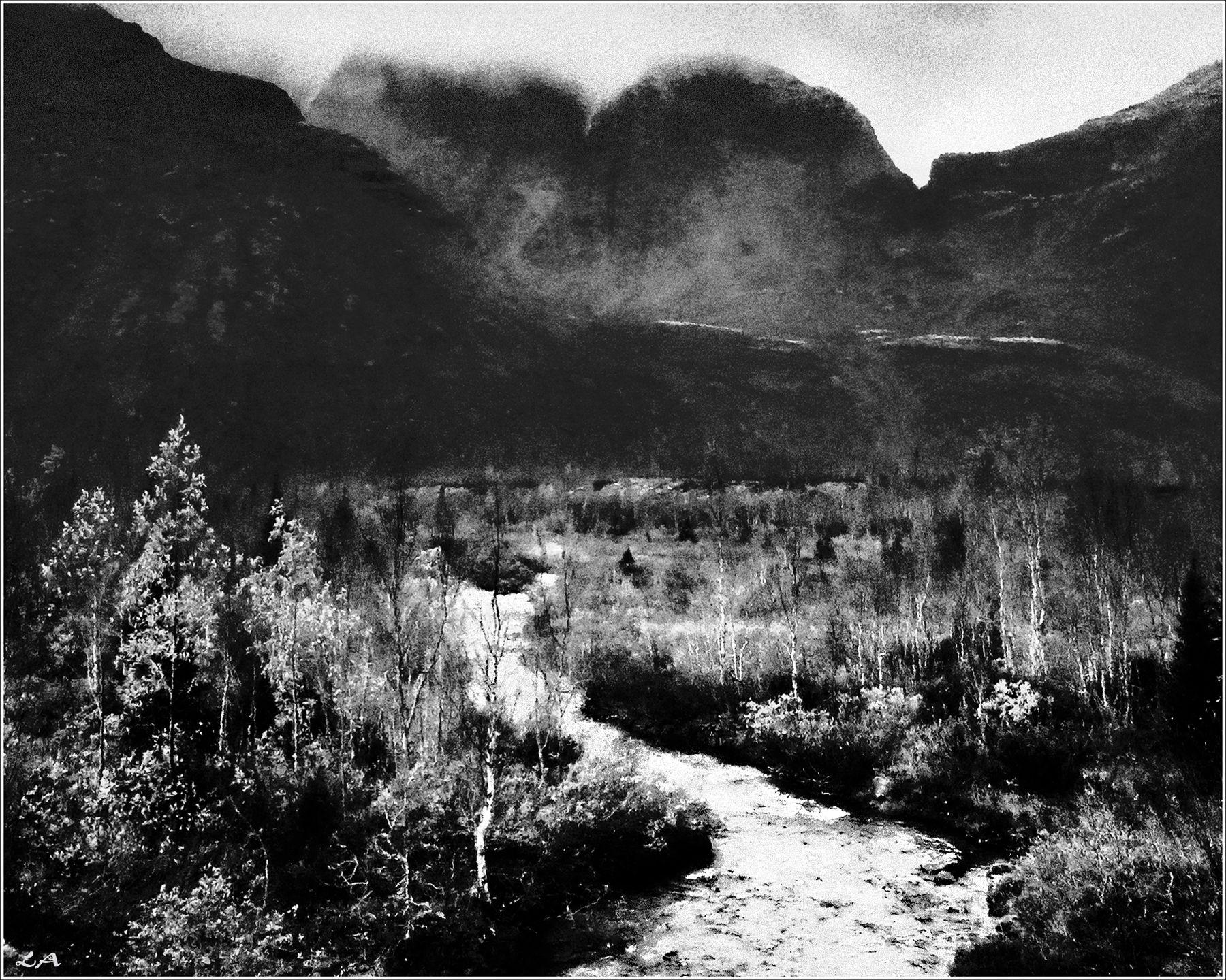 *Мрачный горный пейзаж* фотография путешествие горы Кольский полуостров осень пейзаж Север Заполярье Фото.Сайт Светлана Мамакина Lihgra Adventure