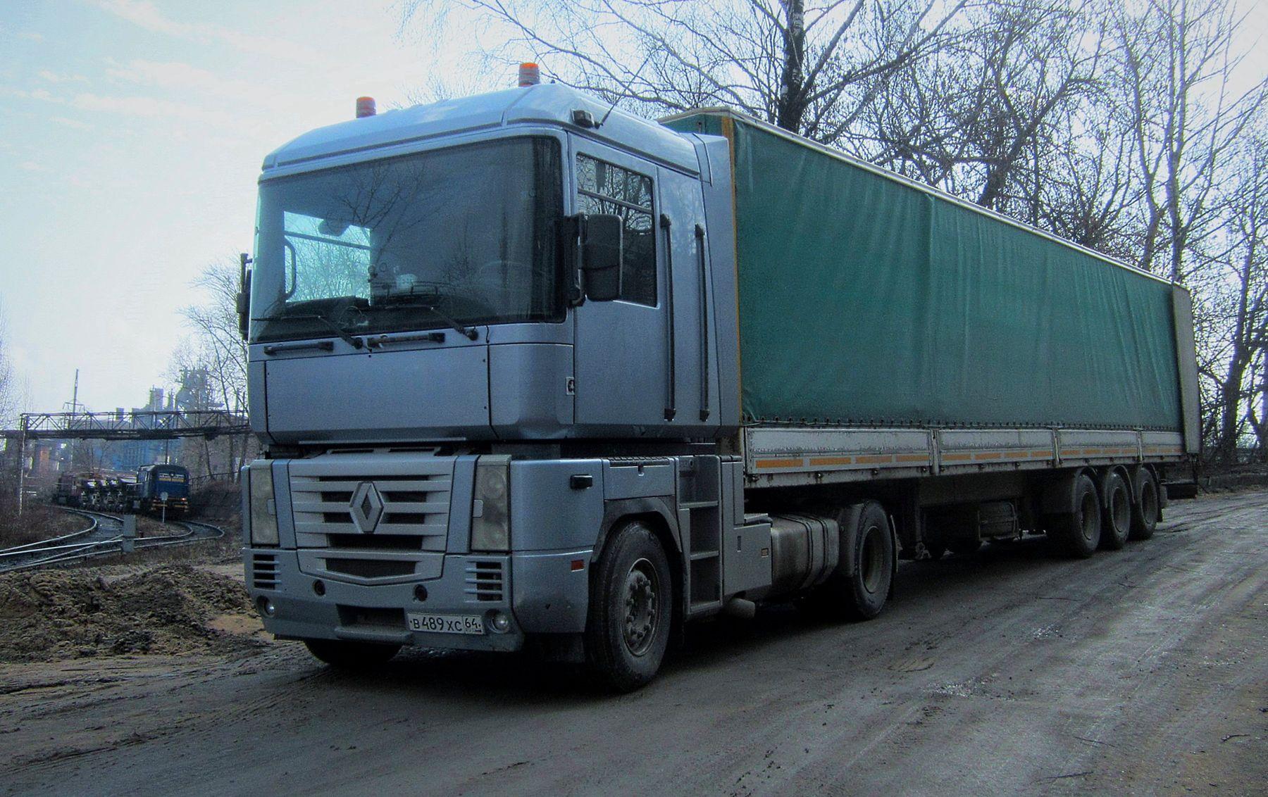 RENAULT RENAULT авто тягач склад завод весна