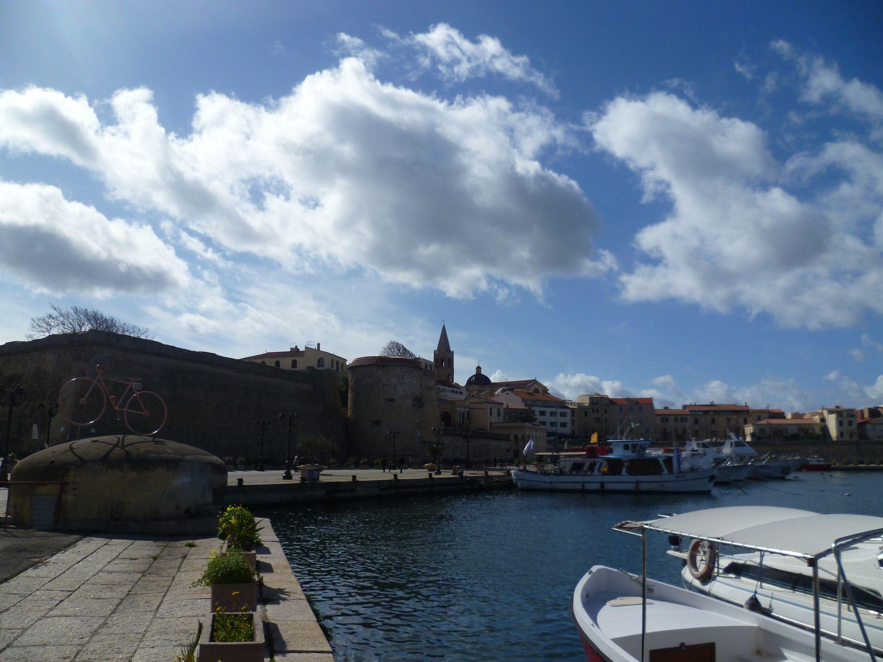 Альгеро в феврале Альгеро Сардиния февраль море облака