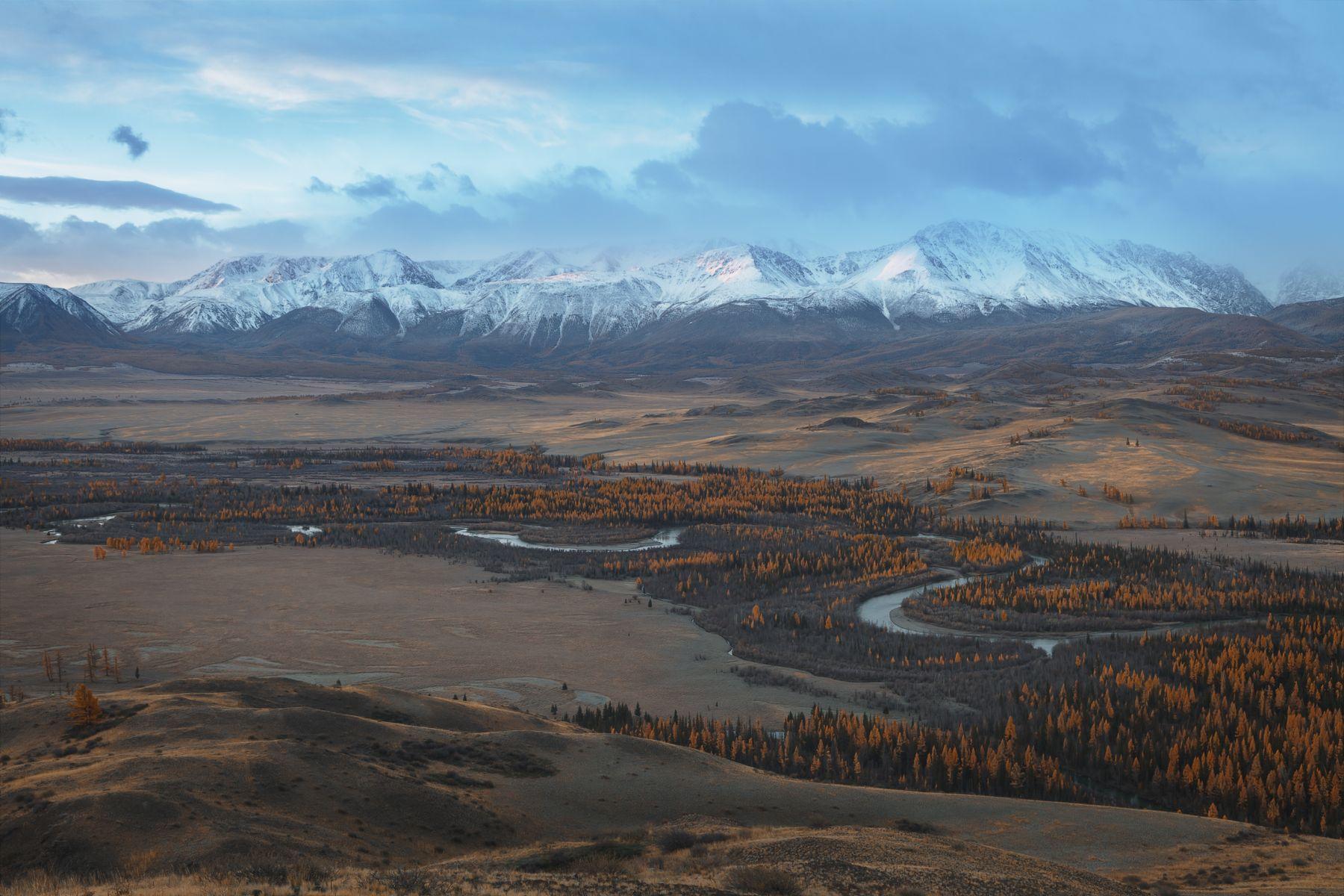 Северо-Чуйский хребет на рассвете. Алтай. Осень 2020 Северо-Чуйский хребет Алтай республика горный Чуя рассвет
