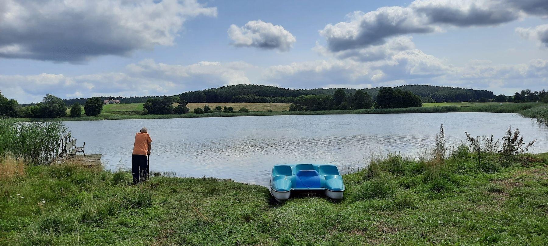 На берегу озера озера Польша озера Польша