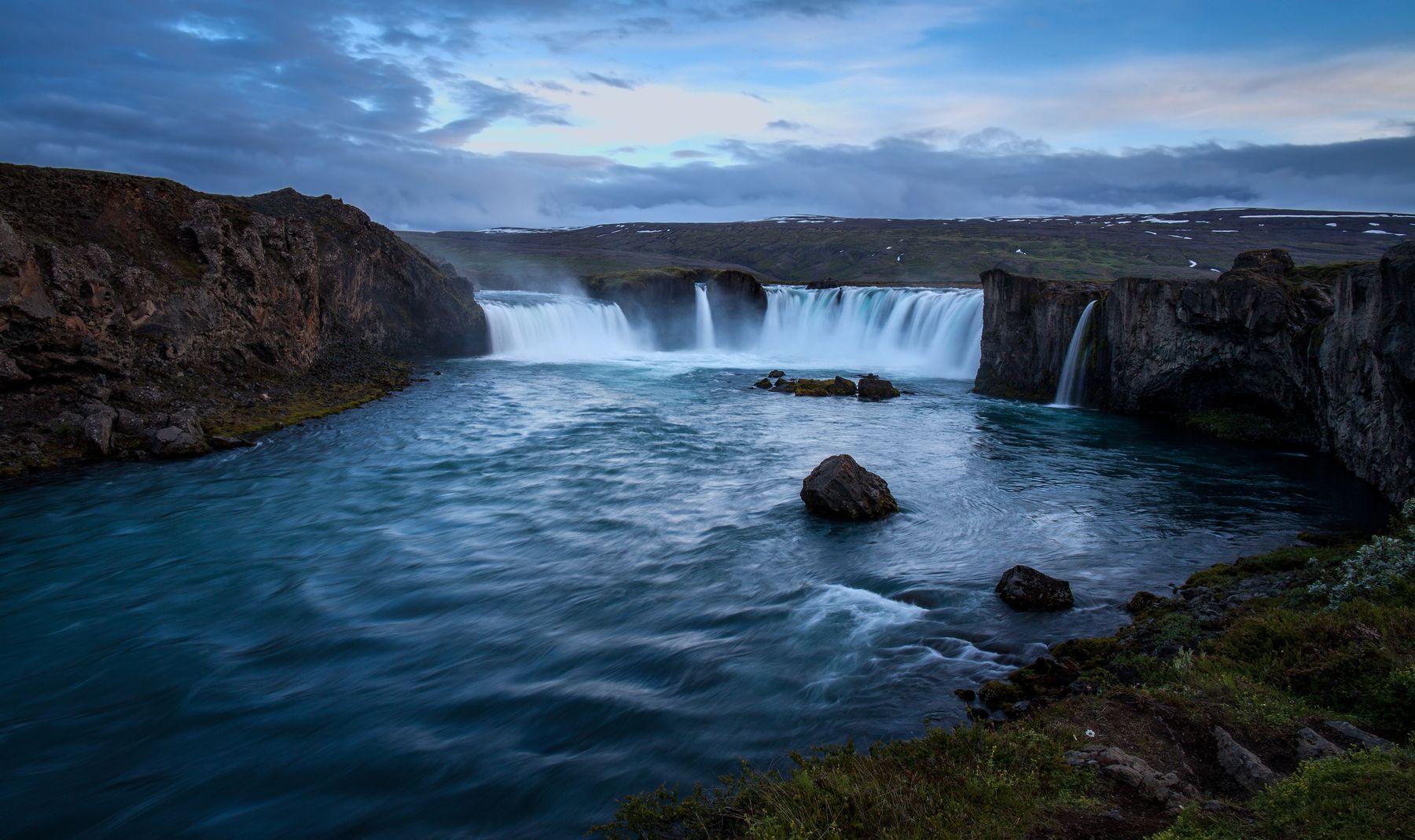 Водопад. Водопад Гудафосс Исландия