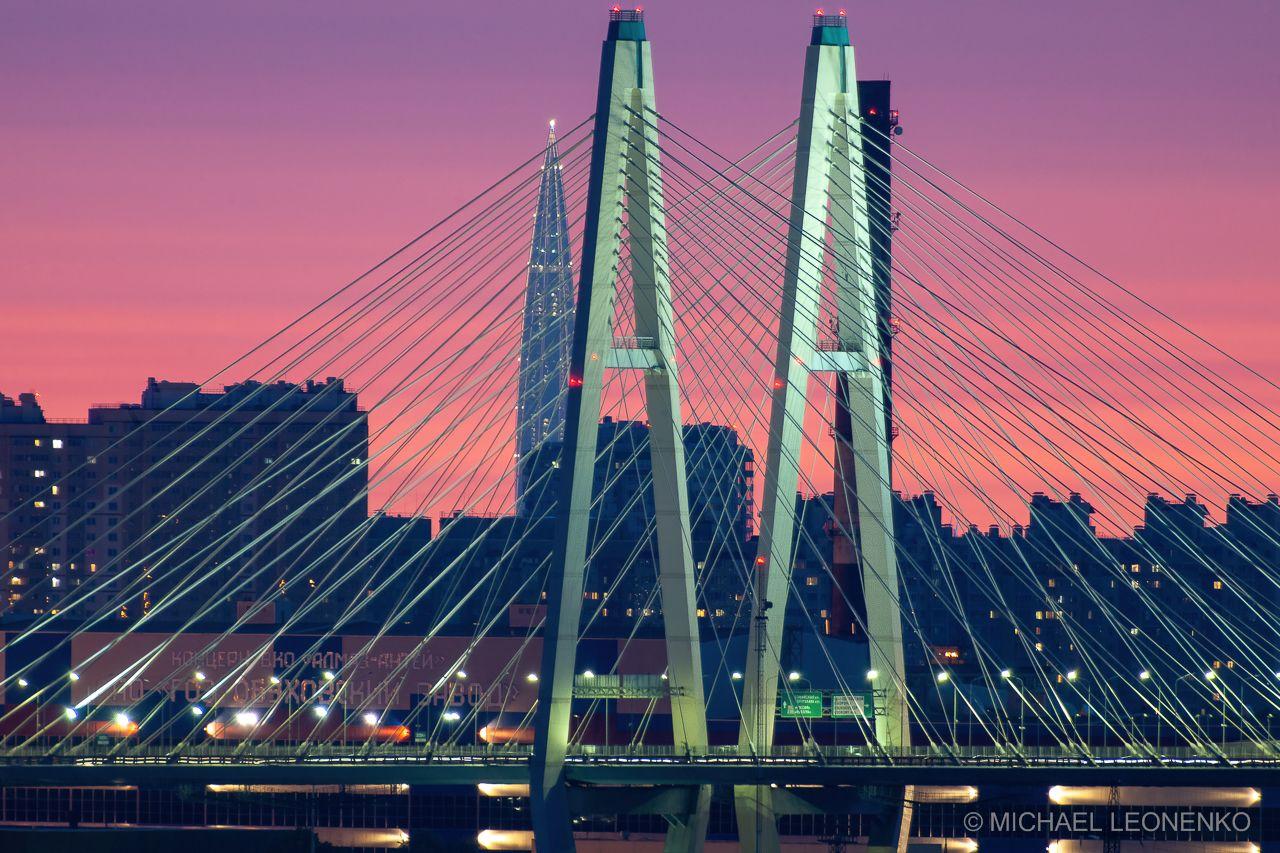 Белая ночь вид с юга города санкт-петербург вантовый мост солнце лето ночь белая кукурузина