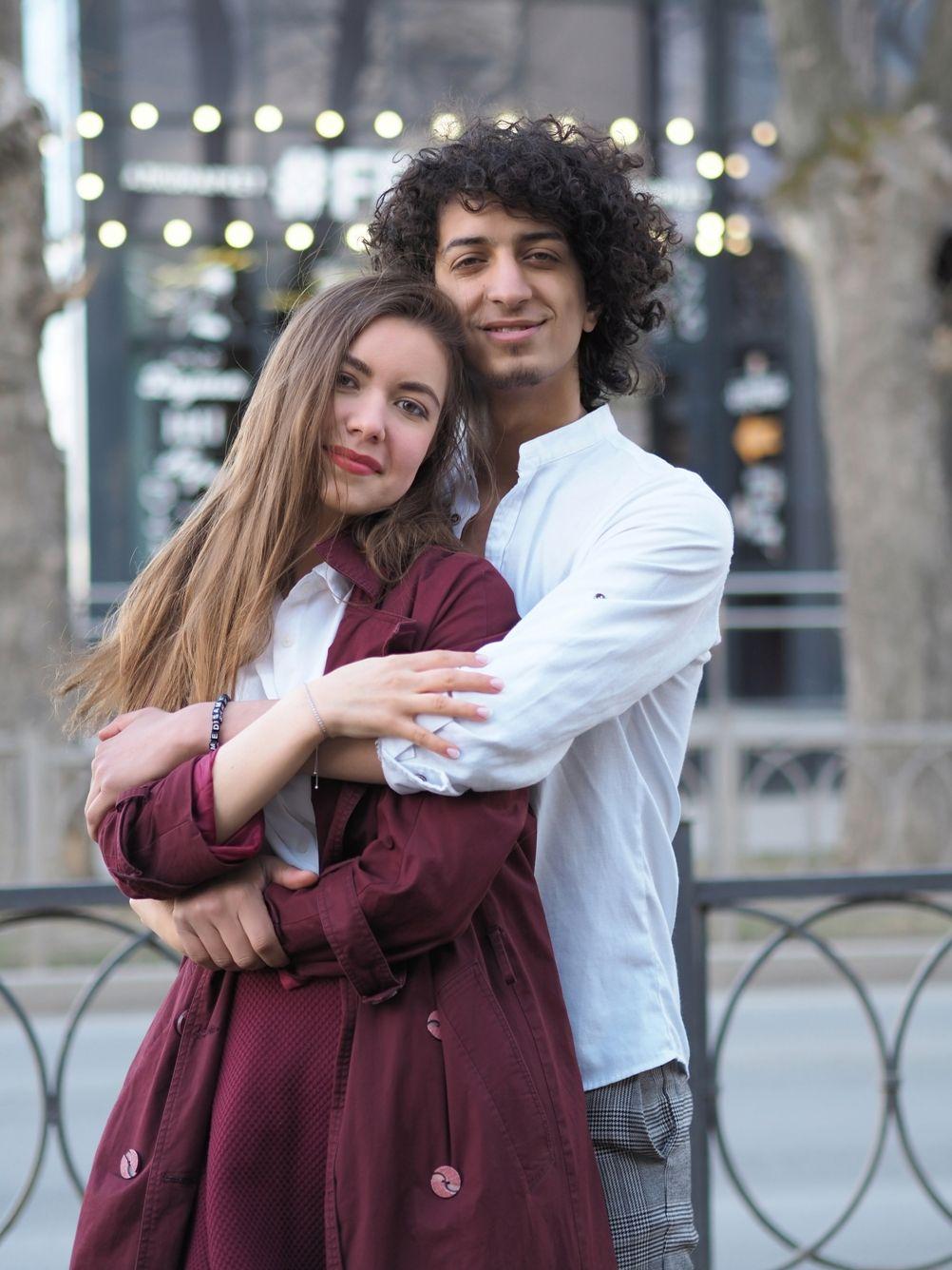 Анастасия и Ахмед Пара лавстори портрет