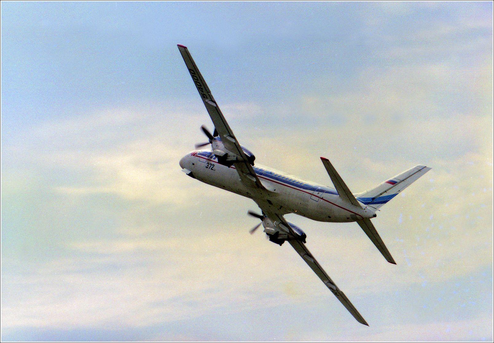 Ил-114 (1995 г.) Ил-114 авиация самолет полет Жуковский 1995