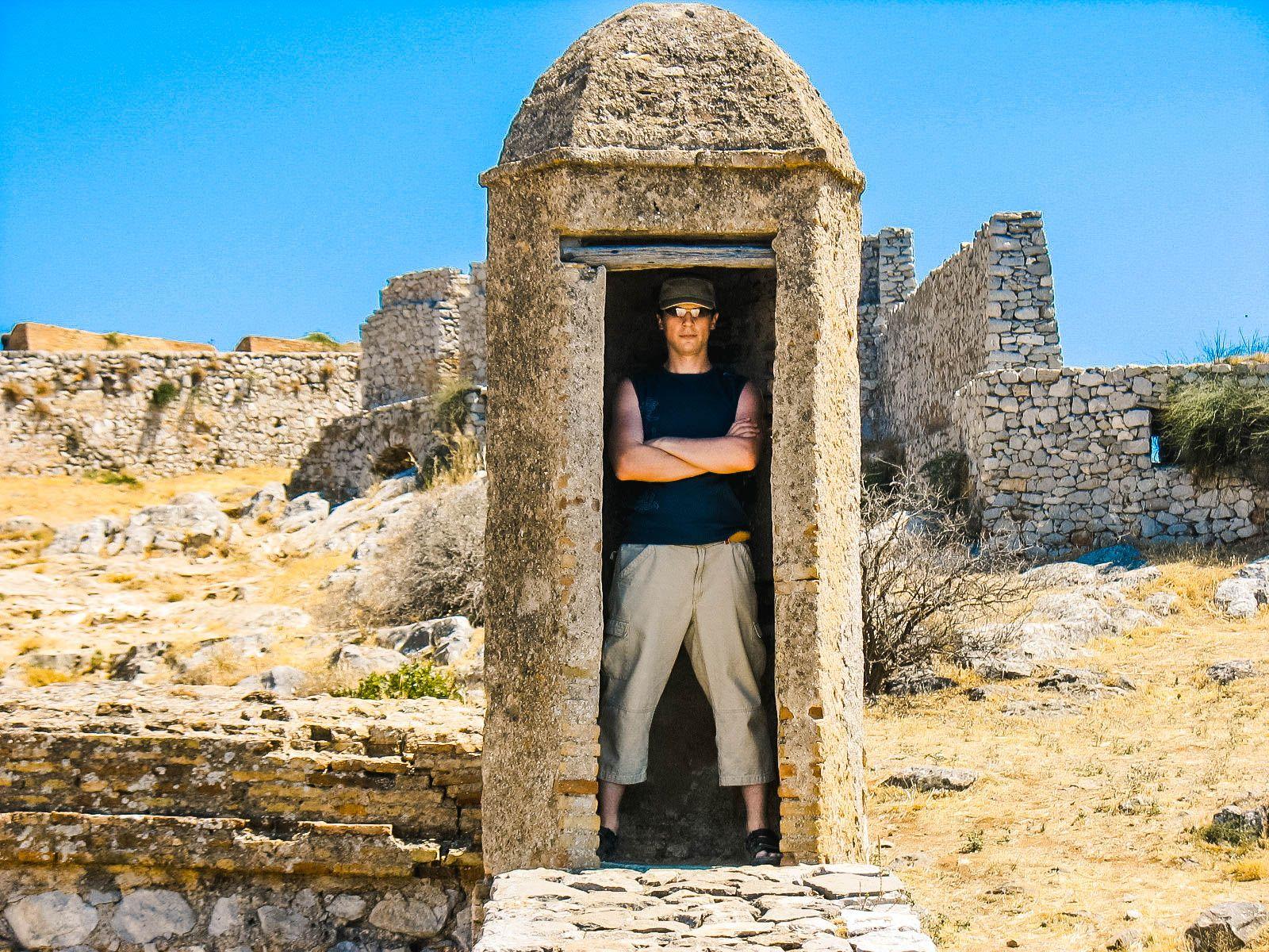 Когда наконец-то нашел тенёк, Греция (17.07.2008)