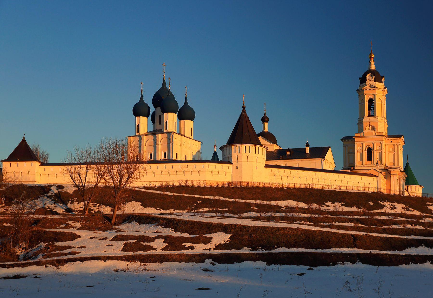 Высоцкий монастырь в Серпухове Серпухов Высоцкий монастырь