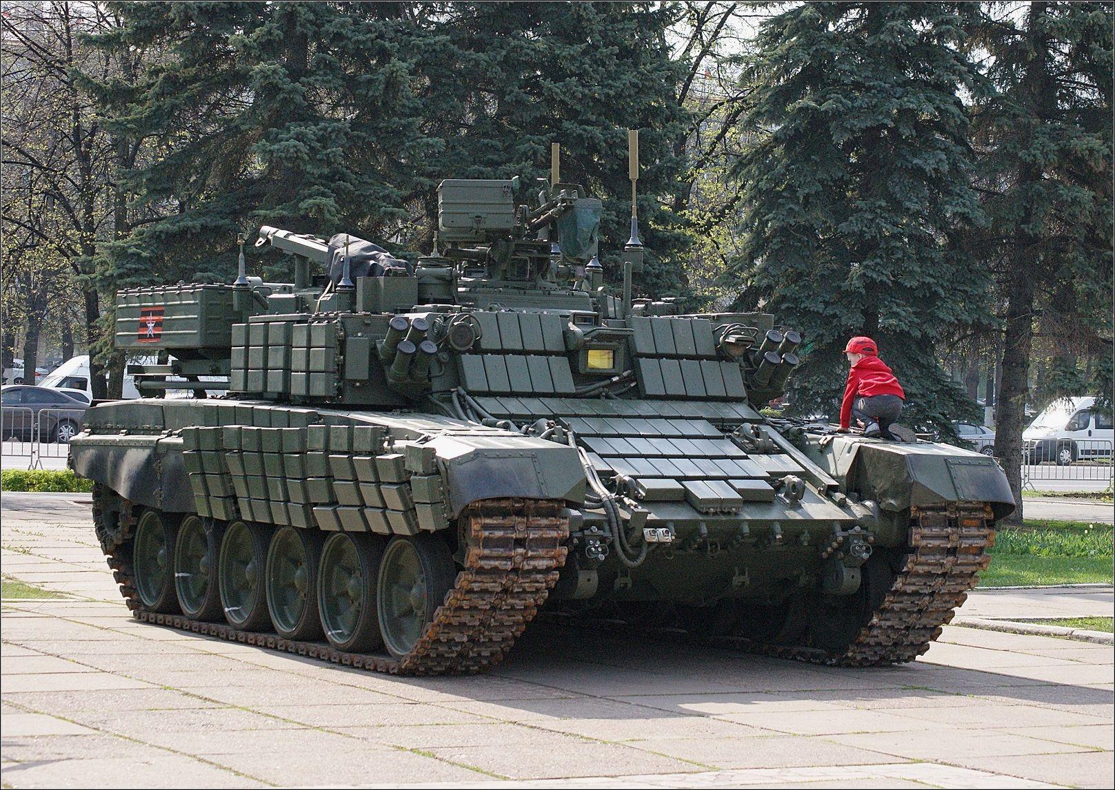 «Вепрь» и малыш военная техника БМР-3МА Вепрь